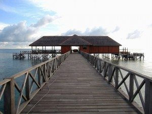 "The bridge to ""Paradise"""