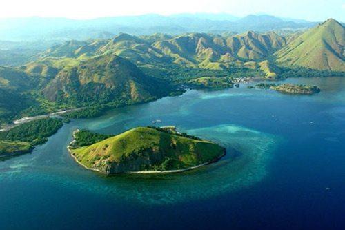 Komodo Island Flores | Dive Travel Indonesia