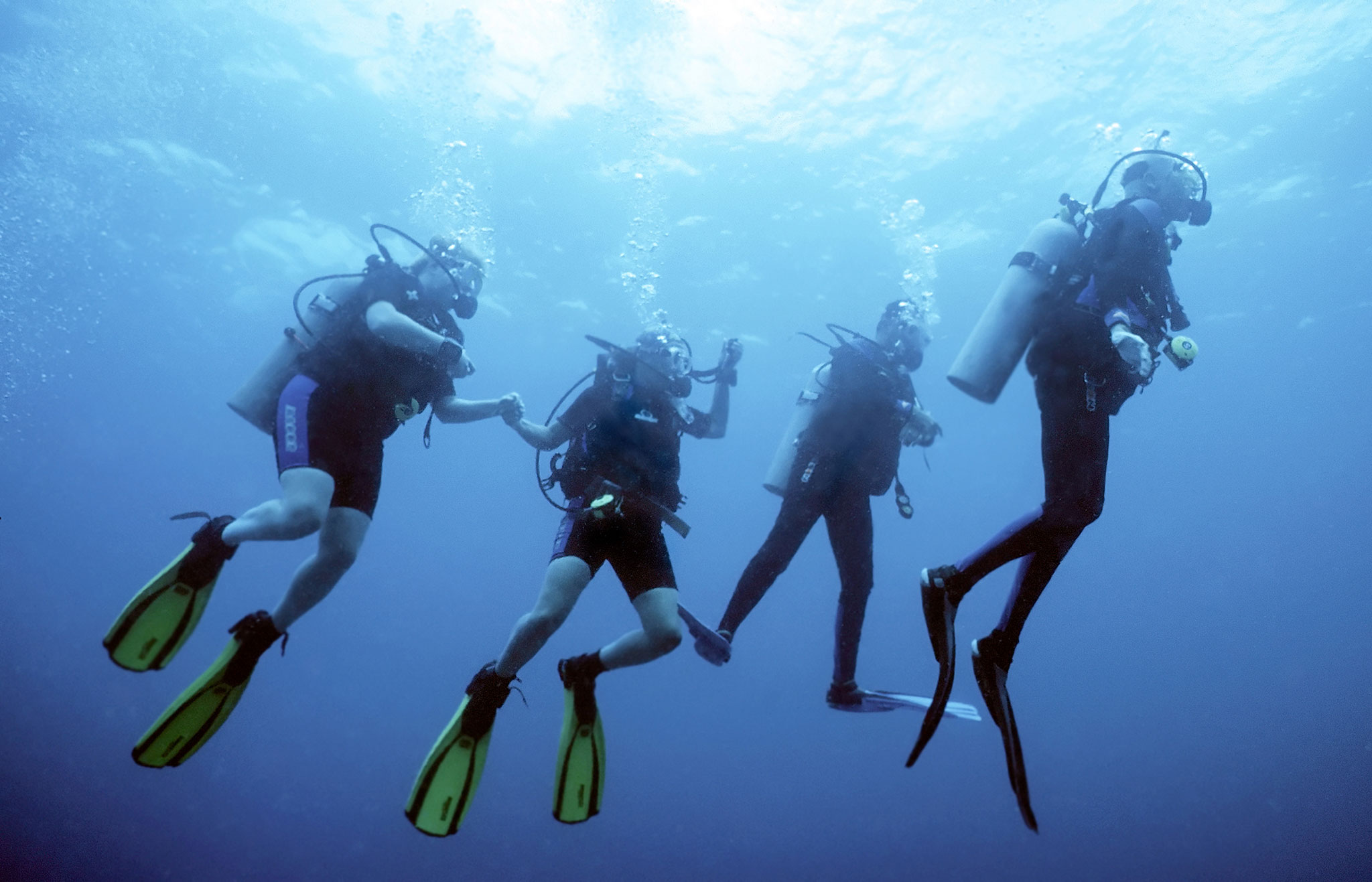 DIB - How to afford Bali diving getaway Here's our travel tips! Squad