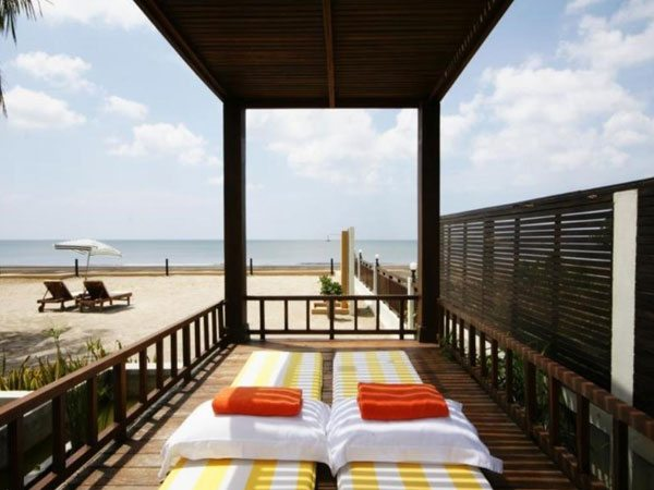 Boutique Beach Resort | Eko Divers